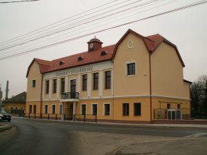 Fot-Vorosmarty-Muv-Haz